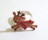flying reindeer wire ring